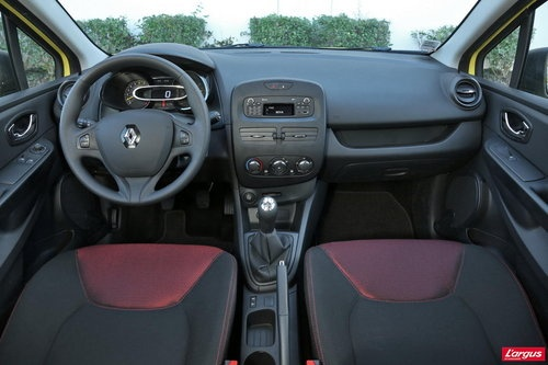 txt_Renault_Clio_Authentique_33