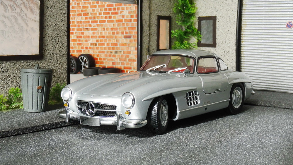 Mercedes 300 SL Minichamps (1)