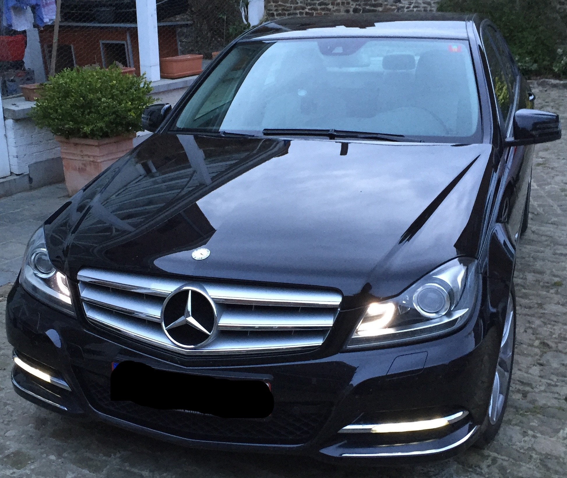 mercedes classe c 250 4matic facelift vente annonces auto et accessoires forum pratique. Black Bedroom Furniture Sets. Home Design Ideas