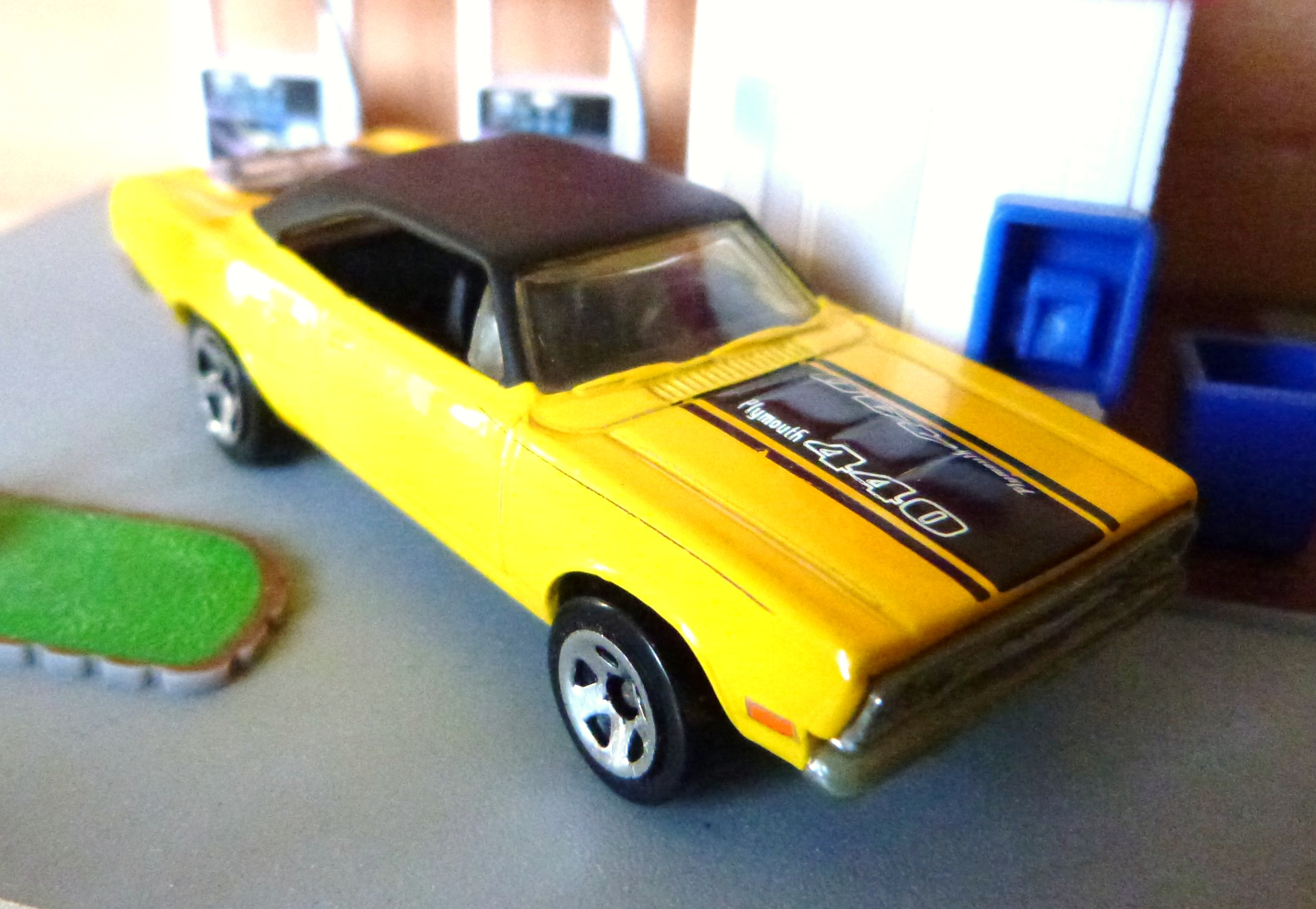 Plymouth Roadrunner HW