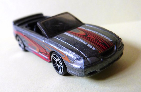 Ford Mustang GT Convertible/MBX ok