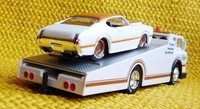 "'69 Oldsmobile 4-4-2 & Ramp Truck/Maisto ""Elite Transport"" ok"