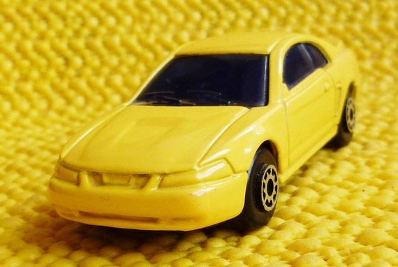 '99 Ford Mustang GT/Maisto ok