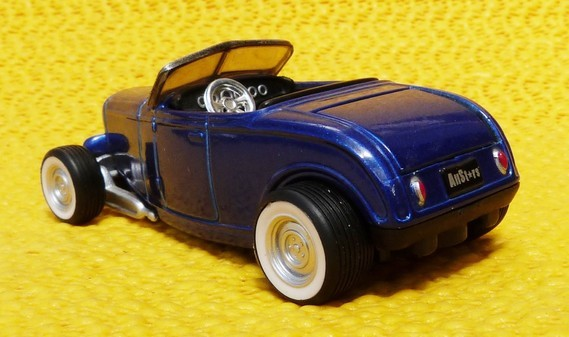 "'32 Ford Roadster/Maisto ""Elite Transport"" ok"