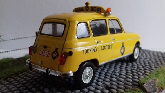 Renault 4 L touring Secours