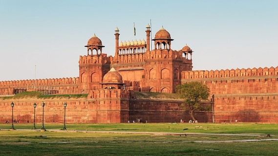 1200px-Red_Fort_in_Delhi_03-2016_img3