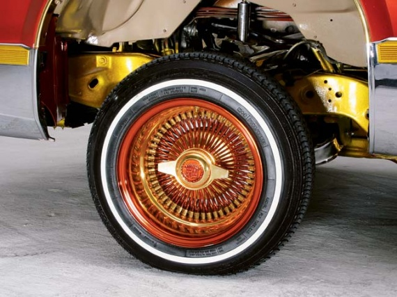0409_05z+1995_cadillac_fleetwood+wheel_view