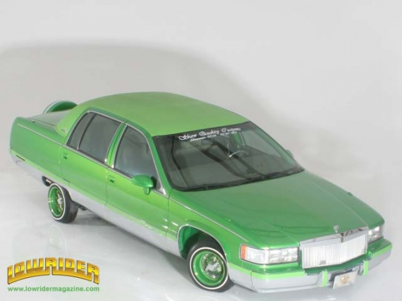 0602_01z+1993_cadillac_fleetwood+high_front_left_view