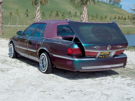 0604_lrmp_08_z+mercury_grand_marquis+custom_trunk