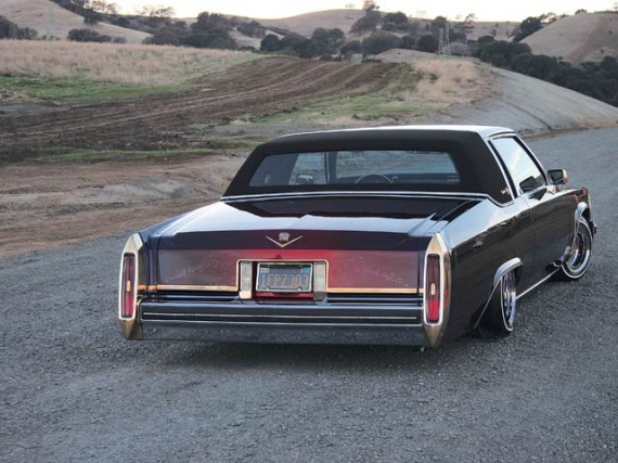 0605_lrm_03z_1982_caddy+full_back_shot