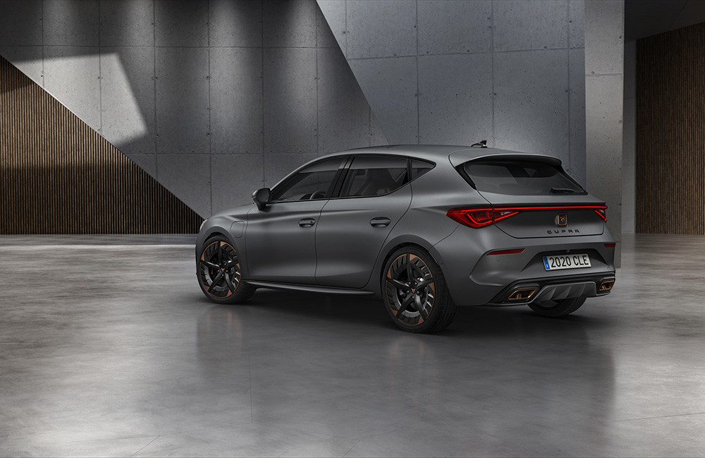 CUPRA-opens-the-doors-of-its-new-headquarters-with-the-debut-of-the-first-CUPRA-Leon_02_HQ