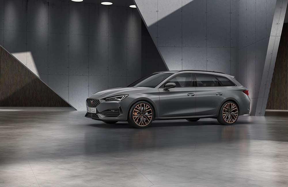 CUPRA-opens-the-doors-of-its-new-headquarters-with-the-debut-of-the-first-CUPRA-Leon_04_HQ