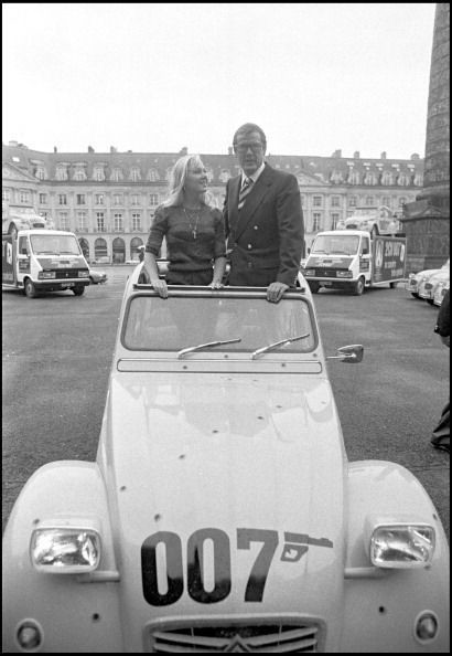 roger moore place vendome