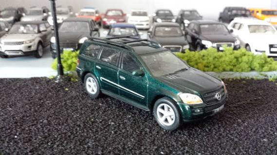 Mercedes GL by Solido