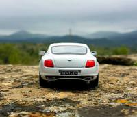 Bentley Continental Super Sports by Minichamps