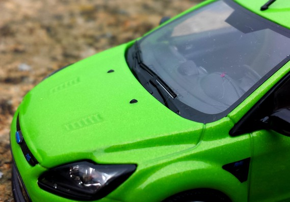 Ford Focus 2 RS by Minichamps