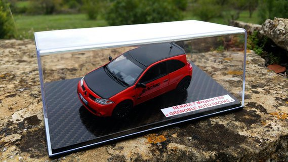 Renault Mégane 2 RS Grenoble Auto Racing & socle carbone hydrodipping