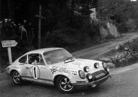 1970-911-chasseuil-03