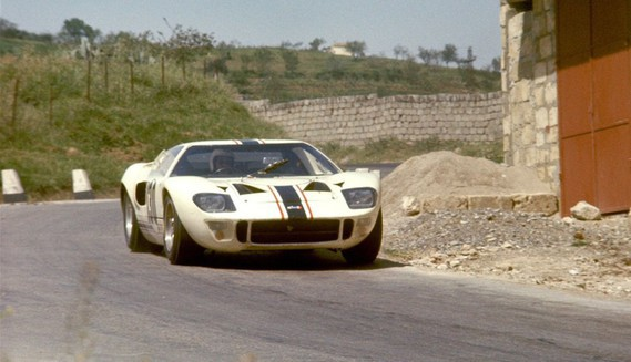 ATF Ford-GT40-race-car