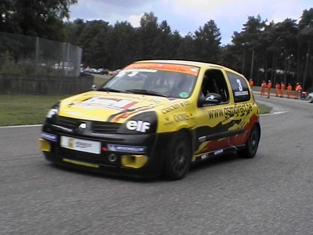 r11_1096293747_clio_cup_zolder