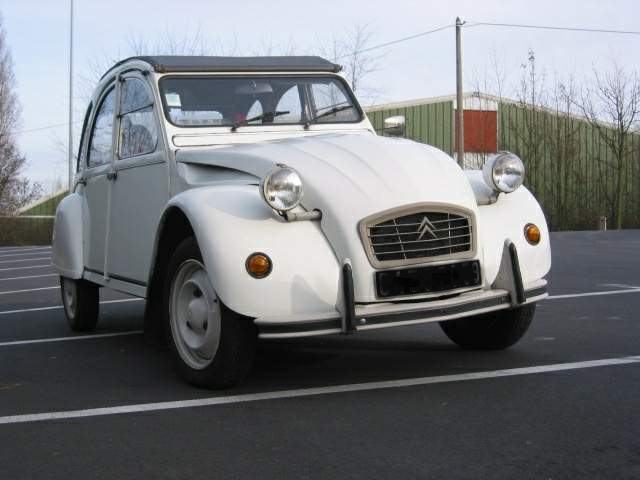 points a verifier d 39 une 2cv avant achat oldies anciennes forum collections. Black Bedroom Furniture Sets. Home Design Ideas